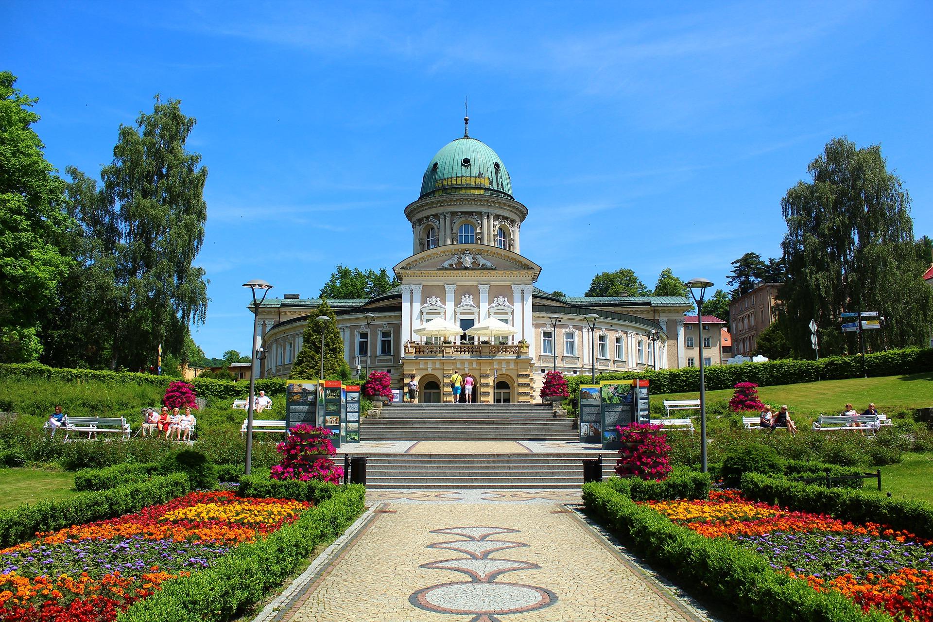 Opolski ZUS do odwołania wstrzymuje wyjazdy do sanatoriów